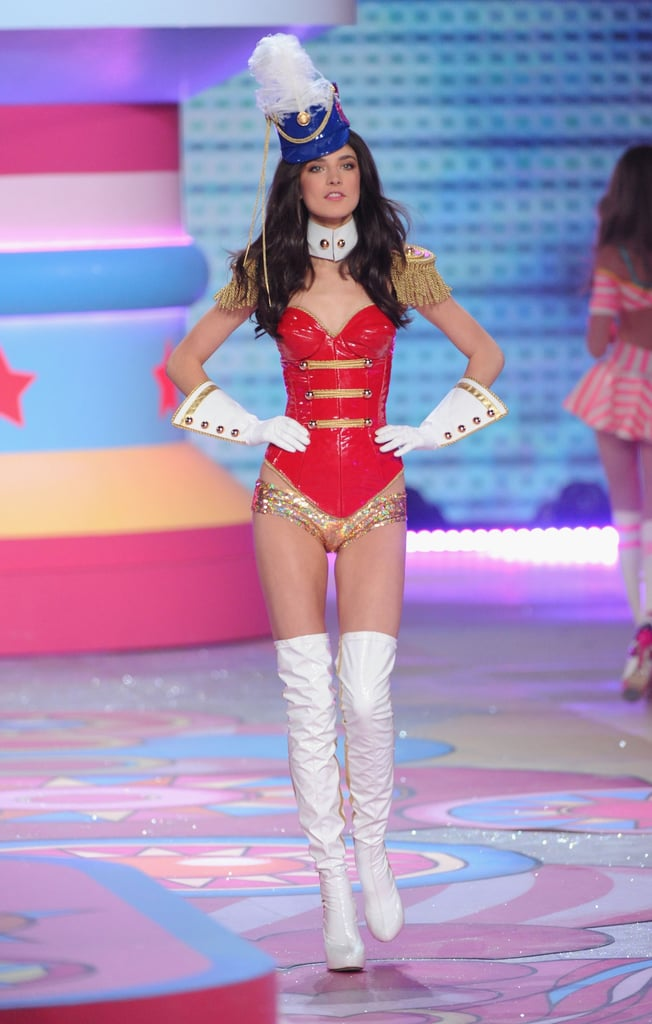 0652bb66d09 ... 2012 Victoria s Secret Fashion Show ...