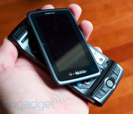 Daily Tech: T-Mobile's Sidekick LX 2009