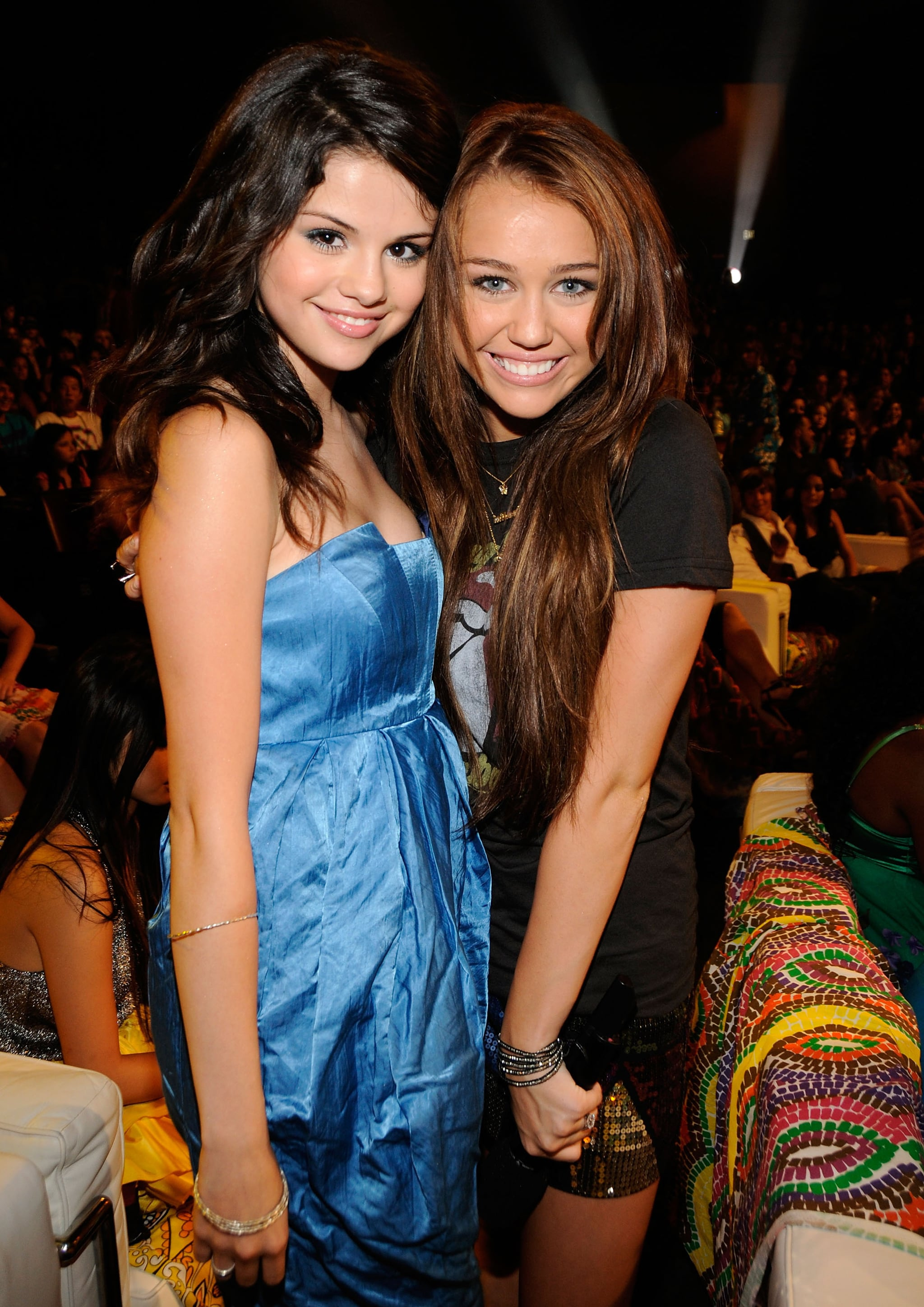 (EXCLUSIVE, Premium Rates Apply) LOS ANGELES, CA - AUGUST 03:  ***EXCLUSIVE***  Actress Selena Gomez and host Miley Cyrus during the 2008 Teen Choice Awards at Gibson Amphitheater on August 3, 2008 in Los Angeles, California.  (Photo by K Mazur/TCA 2008/WireImage)