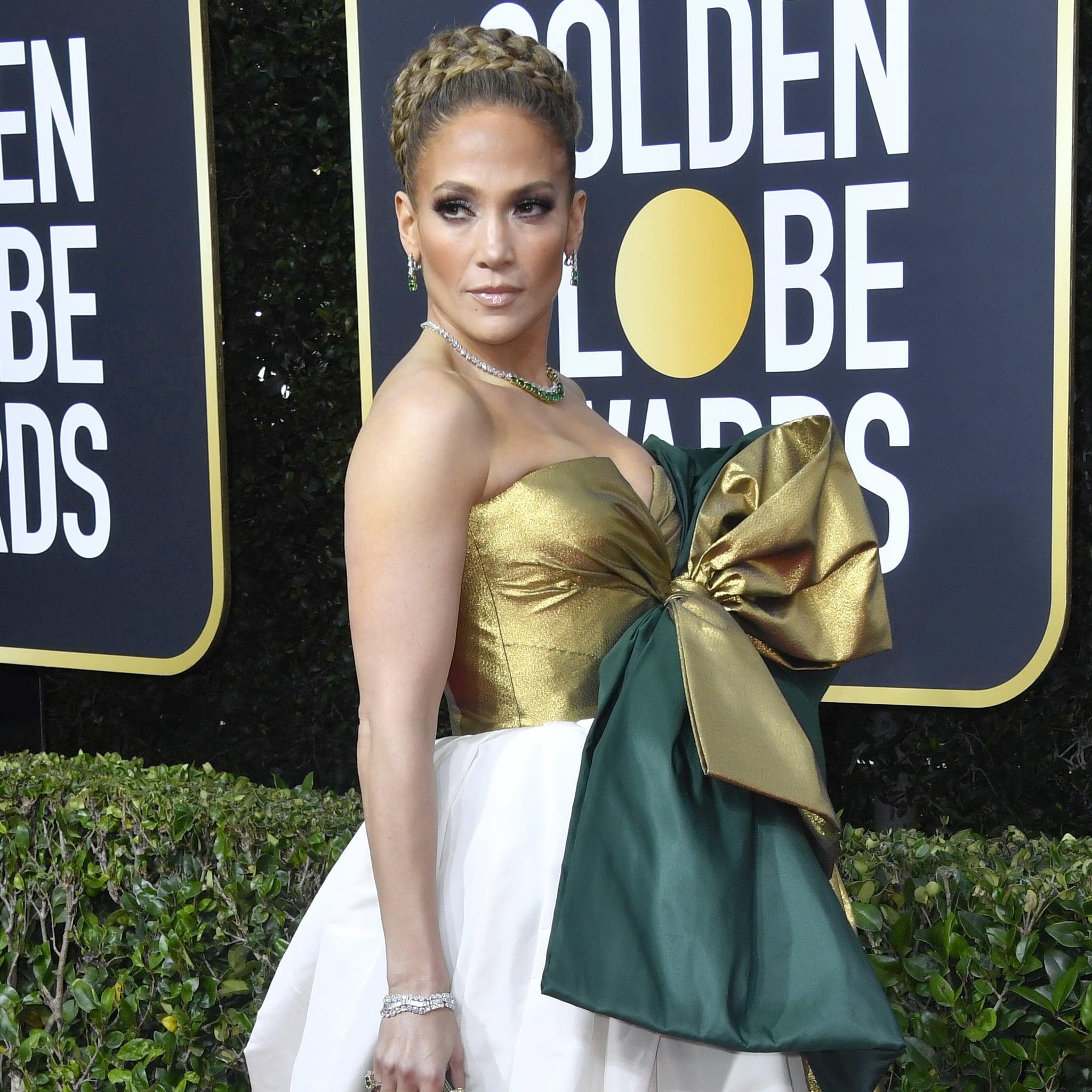 Jennifer Lopez S Giant Braided Bun At The Golden Globes Popsugar Beauty