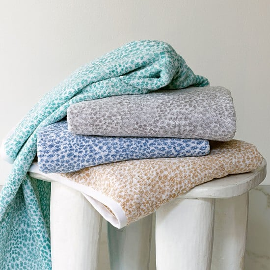 Eye-catching towels