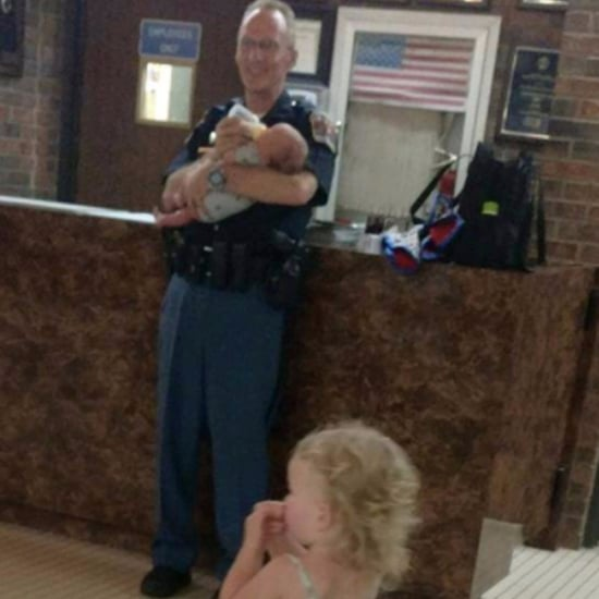 Police Officer Helps Family Stranded on the Highway