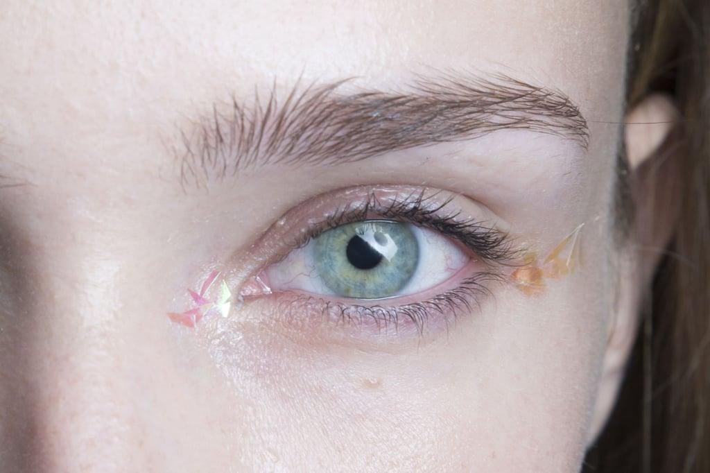 Achieve Multidimensional Eye Makeup