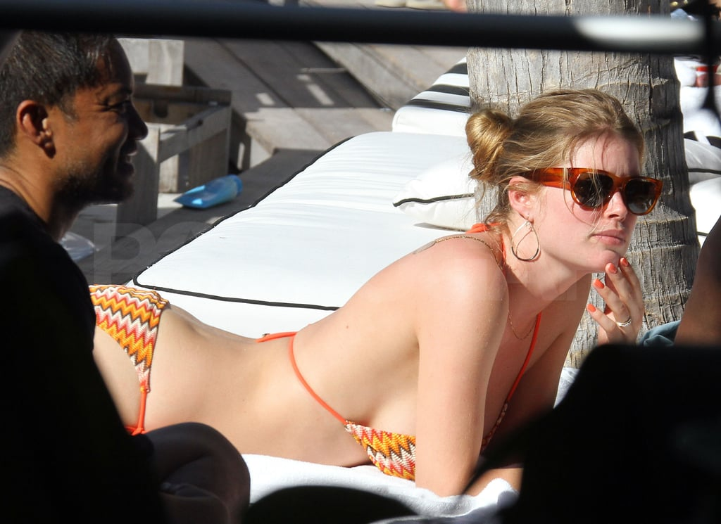 Model Doutzen Kroes Heats Up Miami Music Week With a Bikini and Her Newborn Baby!