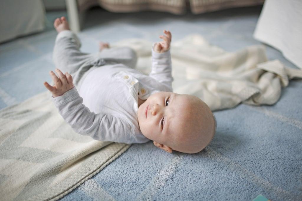A sleep-inducing swing