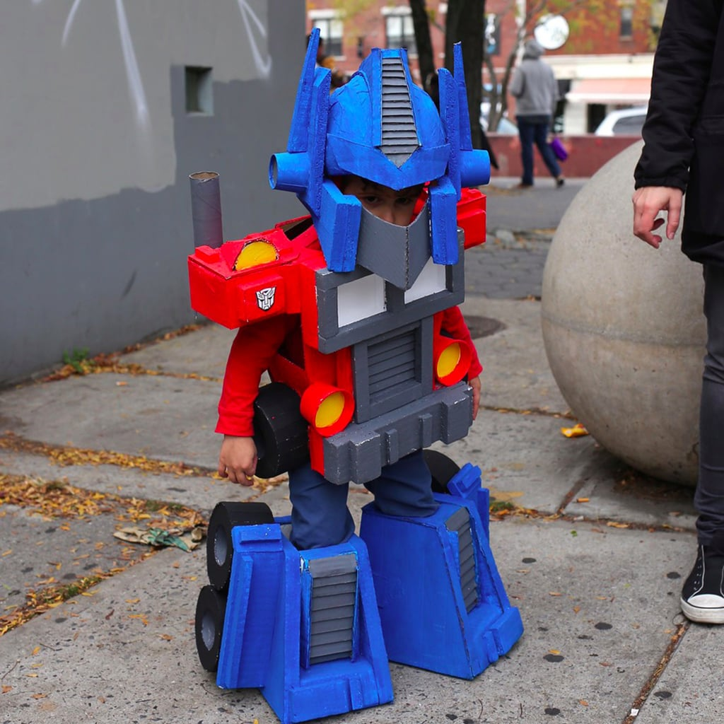 Dad DIYs Amazing Halloween Costumes For Kids