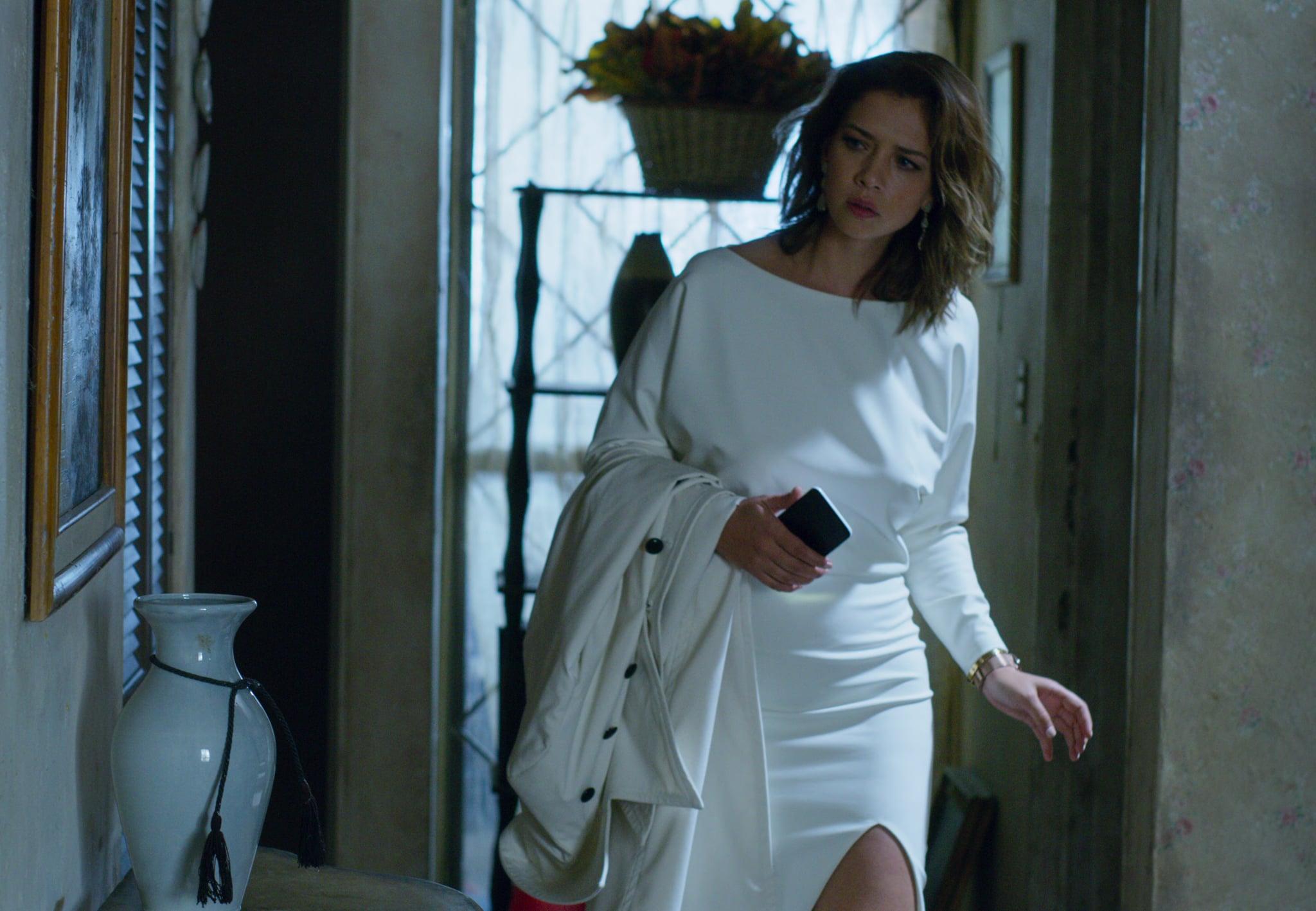 QUIEN MATO A SARA? (L to R) CAROLINA MIRANDA as ELISA in episode 102 of QUIEN MATO A SARA?. Cr. NETFLIX  2020