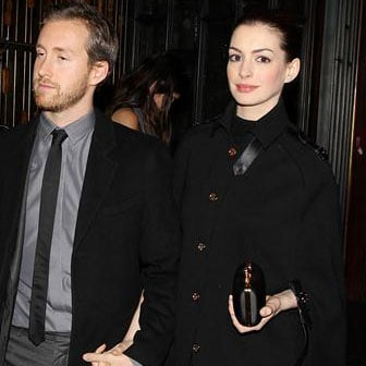 Anne Hathaway Meryl Streep Iron Lady Premiere Pictures
