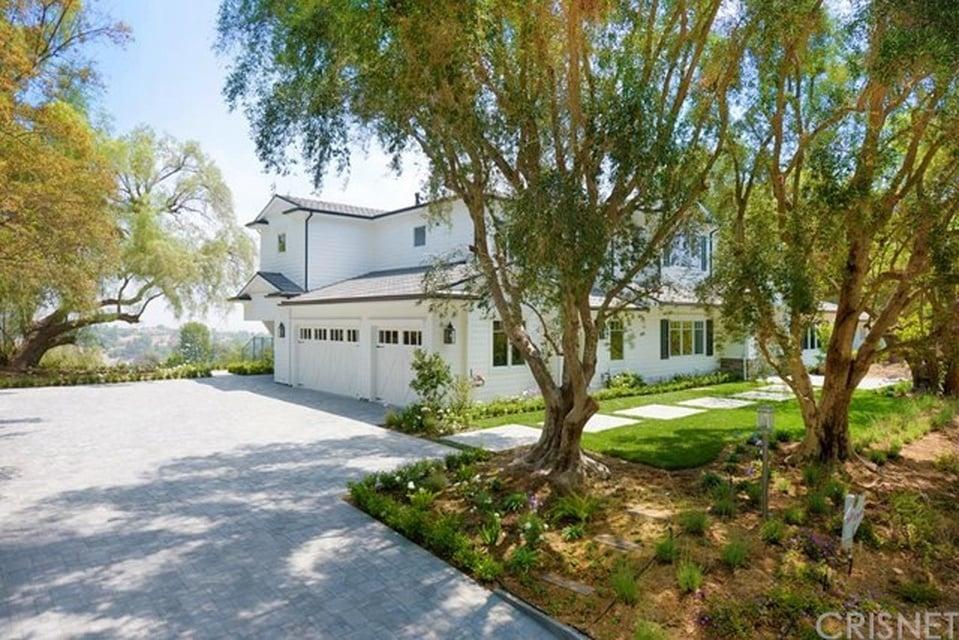 Scott Disick Buys New  Los Angeles Home