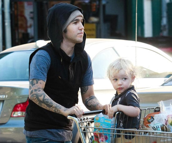 Slide Picture of Pete Wentz with Bronx in LA 2010-09-26 07:30:00