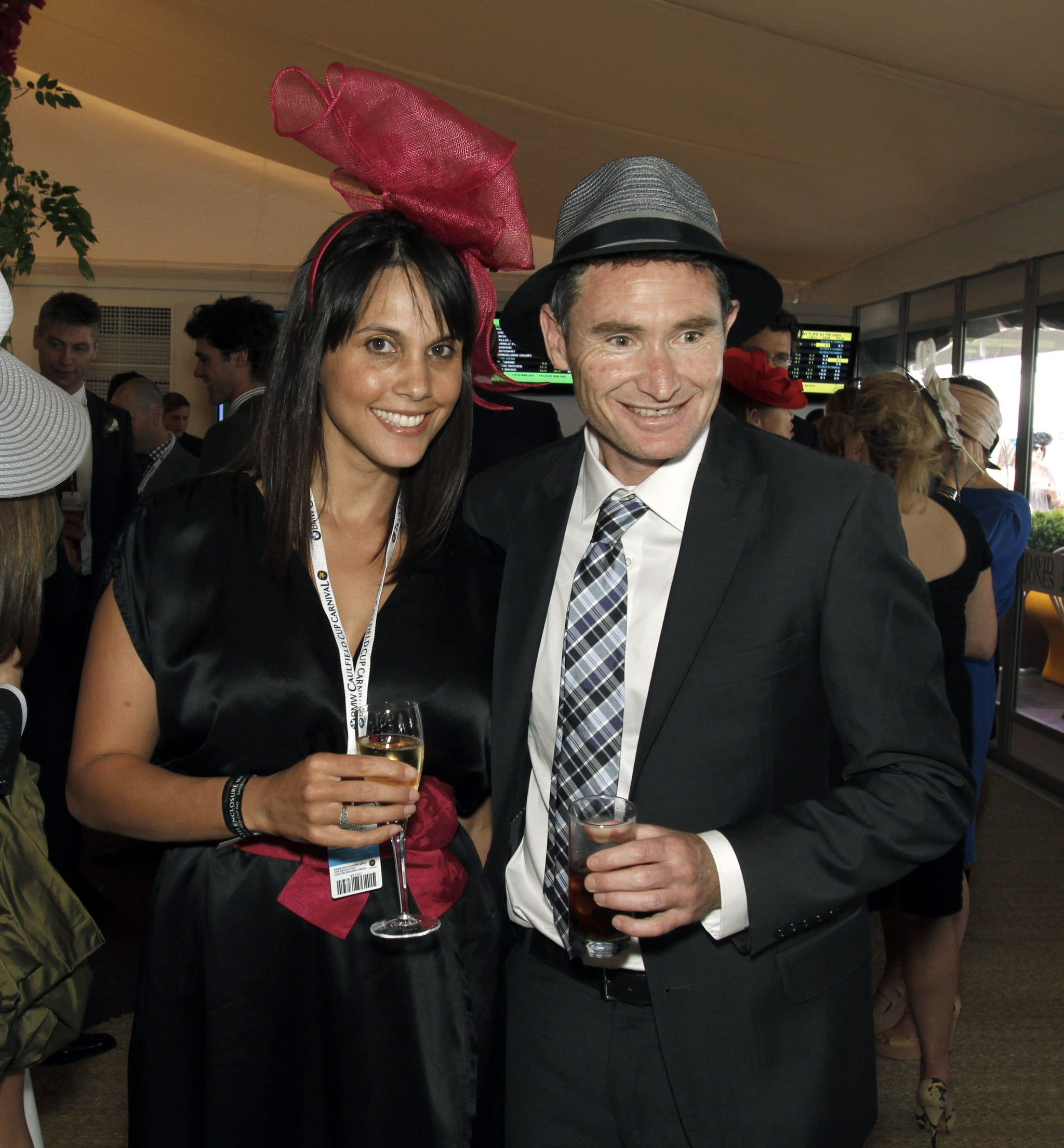 dave hughes wife - photo #37