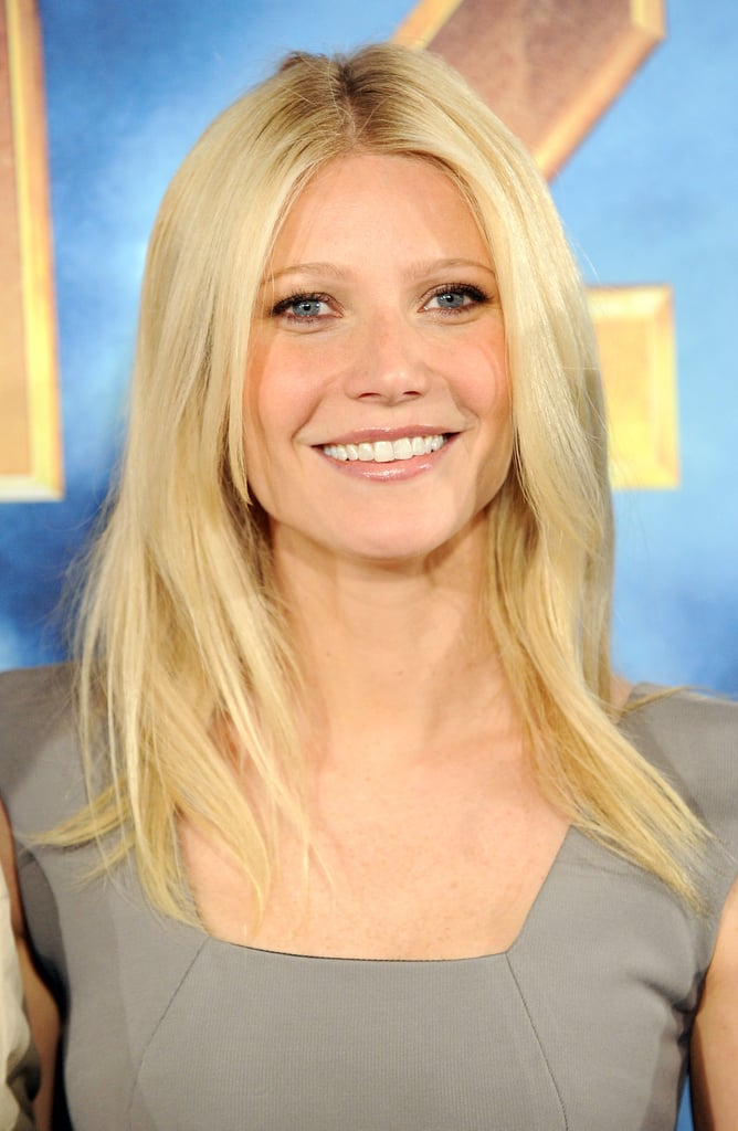 Pictures of Scarlett Johansson, Gwyneth Paltrow, and Robert Downey Jr. at Iron Man 2 Photo Call