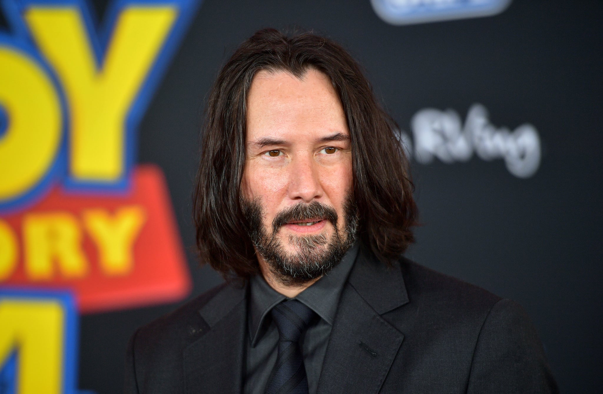 LOS ANGELES, CALIFORNIA - JUNE 11: Keanu Reeves attends the premiere of Disney and Pixar's