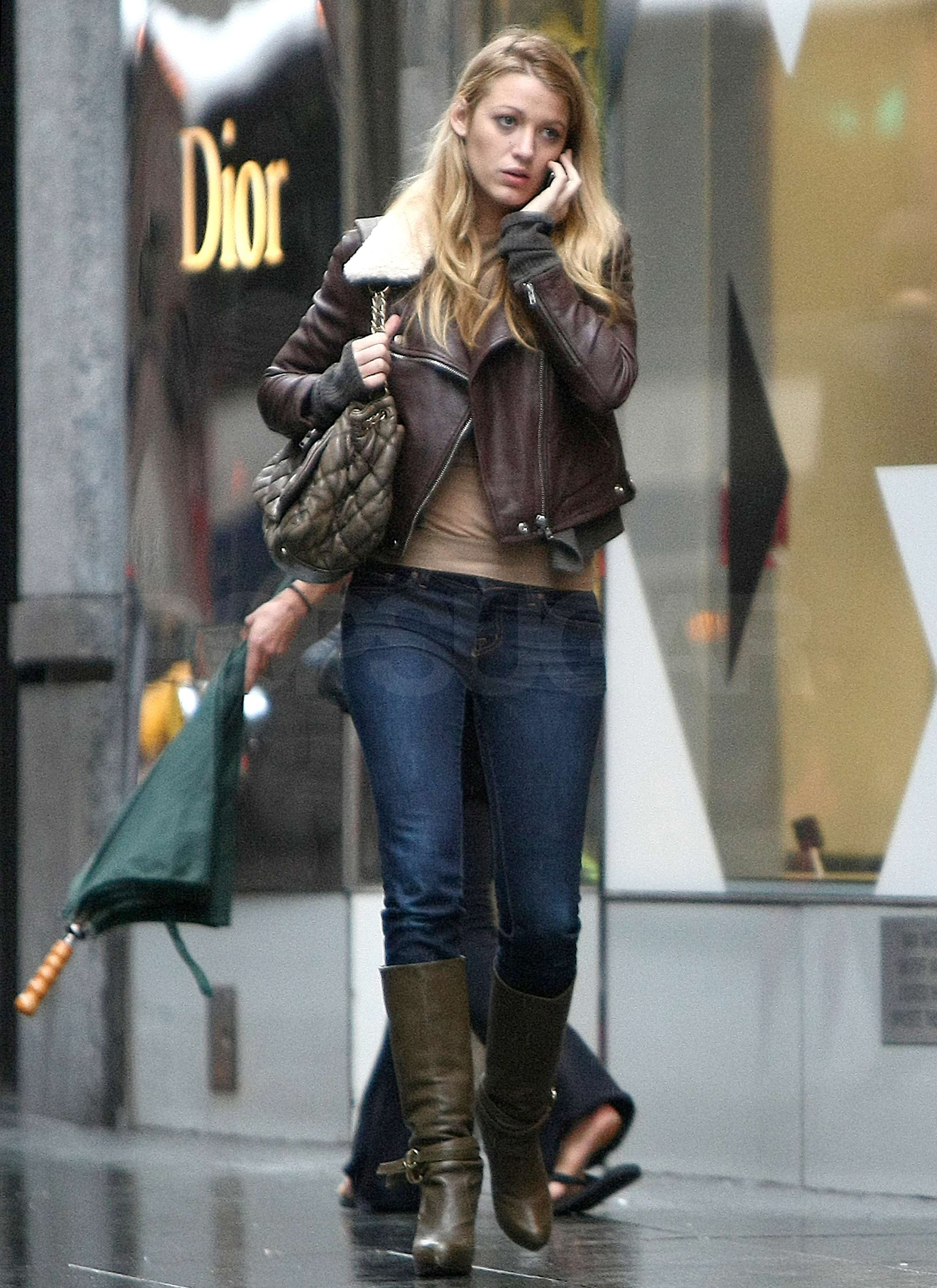 Photos of Blake Lively Shopping at Barneys in NYC ...