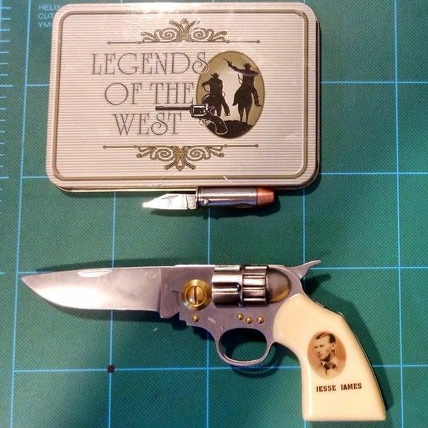 Bullet and Gun Knife