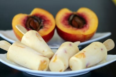 Yummy Link: Nectarine and Yogurt Lollies