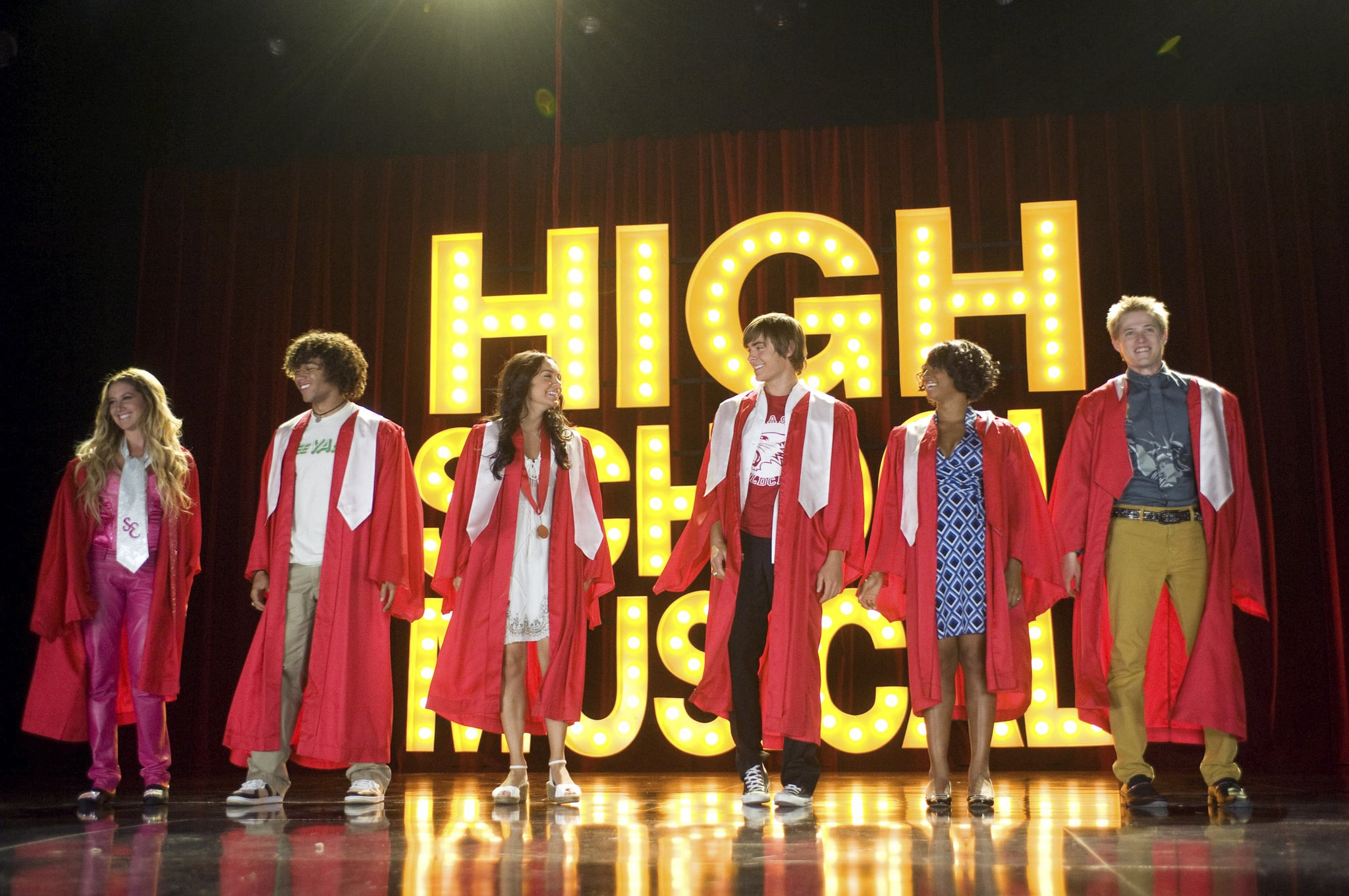 HIGH SCHOOL MUSICAL 3: SENIOR YEAR, from left: Ashley Tisdale, Corbin Bleu, Vanessa Hudgens, Zac Efron, Monique Coleman, Lucas Grabeel, 2008. Walt Disney Co./courtesy Everett Collection