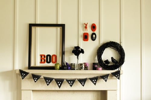 And you are finished! See wasn't that easy and simple? Now your Halloween decor is complete!