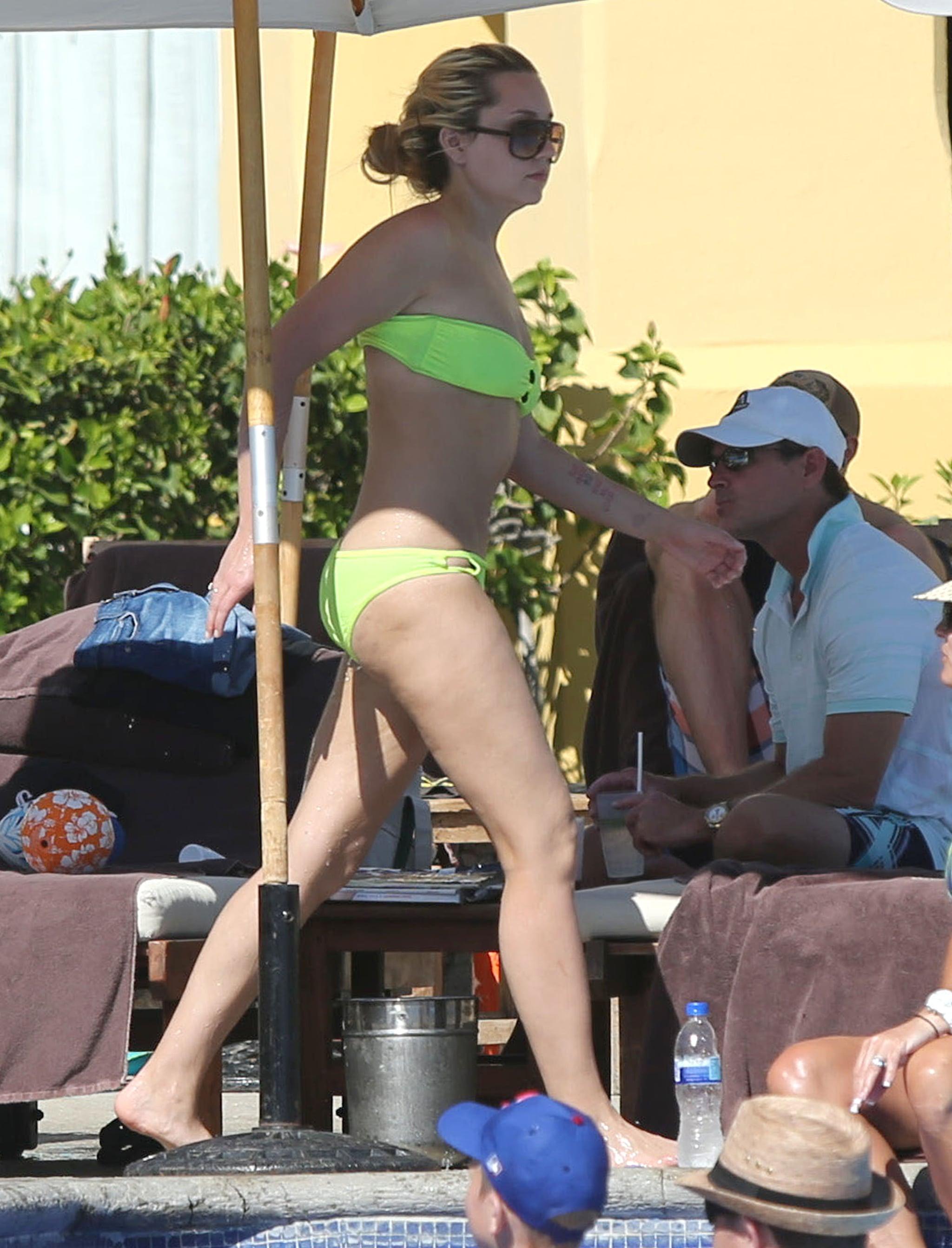 Hello, Amanda! The Actress Unleashes Her Bikini Body in Mexico