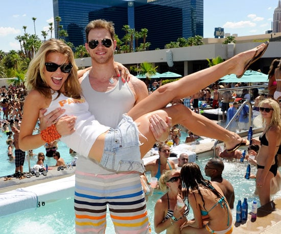 Slide Picture of AnnaLynne McCord and Kellan Lutz in Vegas