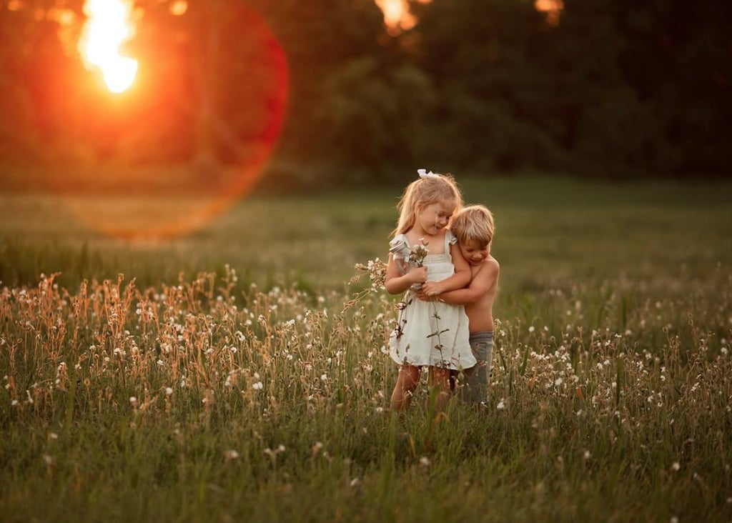 Mom's Photos of Kids on Family's Farm