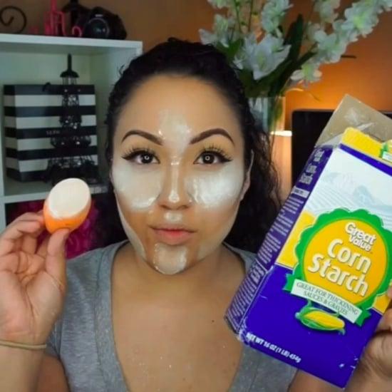 كيفية خبز الوجه باستخدام نشا الذرة
