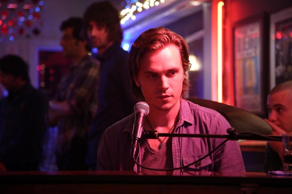 Jonathan Jackson returns on the season premiere of Nashville.