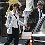 Jessica Biel wore her engagement ring while shopping in Paris.