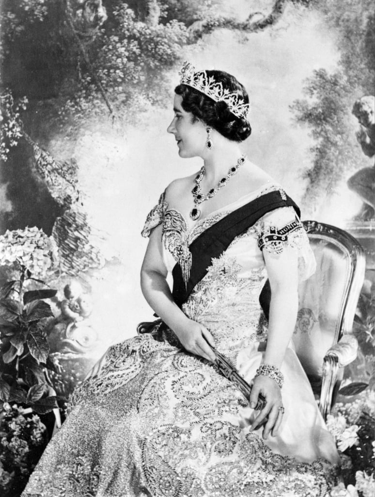 The former Duchess of York (Queen Elizabeth's mother) posed for a traditionally regal portrait on her husband's coronation day in 1937.