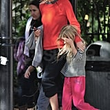 Gwyneth Paltrow arrives at a NYC park with Apple Martin.
