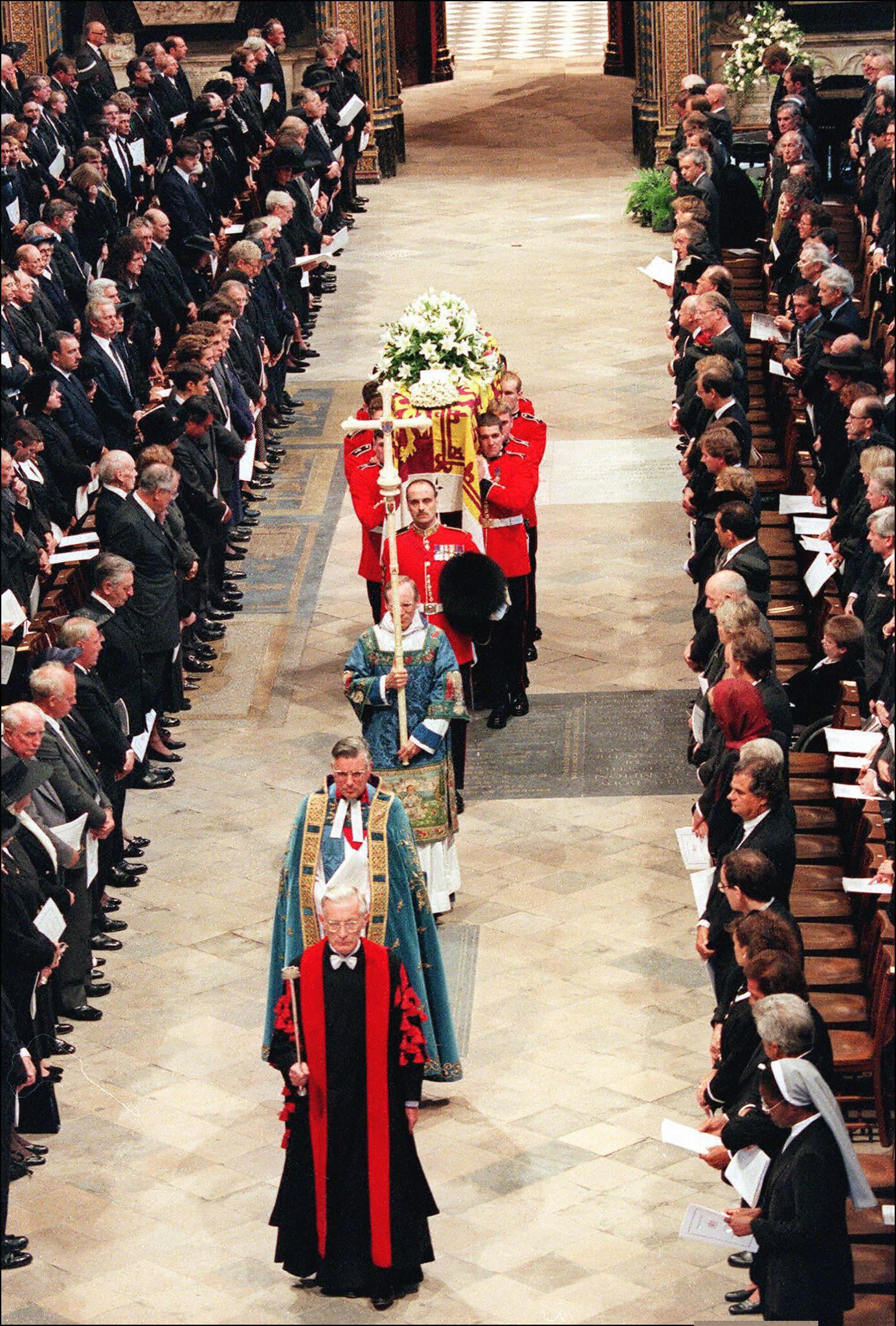 14++ Princess Diana Funeral Celebrities