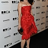 Kristin Davis stunned in a red Oscar de la Renta Resort '11 dress.