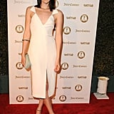 Jena Malone opted for an understated white Cushnie et Ochs dress, then promptly styled it up with blue-tinged snakeskin pumps by Brian Atwood.