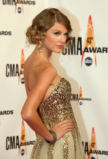 Taylor Swift at the 43rd Annual CMA Awards
