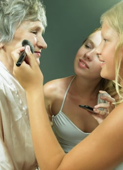 Makeup Artist Barbara Daly Beauty Expert Tips For Looking Younger and Feeling Better. Look Good Feel Better Breast Cancer Charit