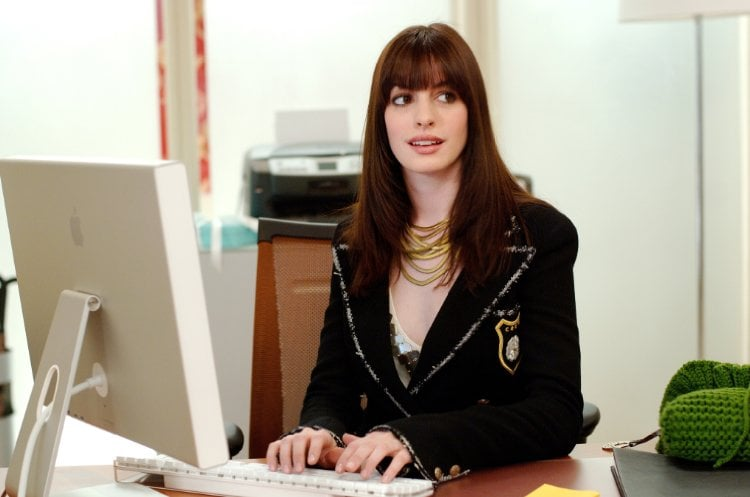 All the Times Anne Hathaway Was a Total Fashion Goddess in The Devil Wears Prada