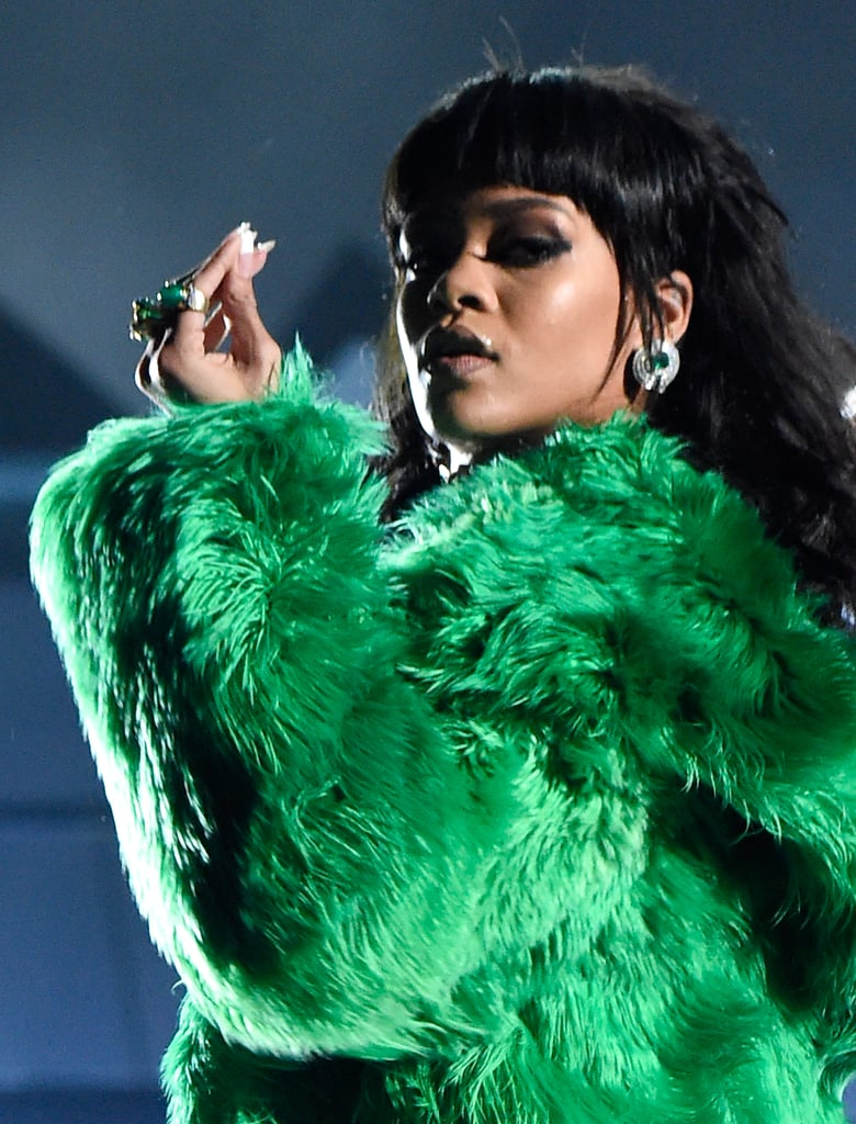 Rihanna Performance Outfit at iHeartRadio Music Awards 2015