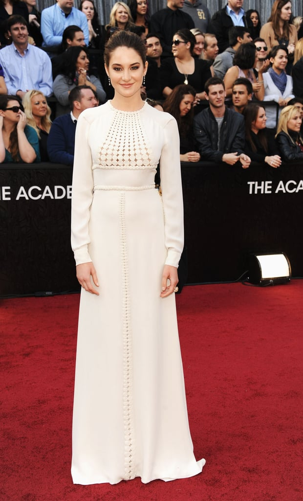 Shailene Woodley in Valentino Couture on the Oscars red carpet.