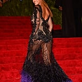 Beyoncé Knowles turned and posed for photos at the Met Gala.