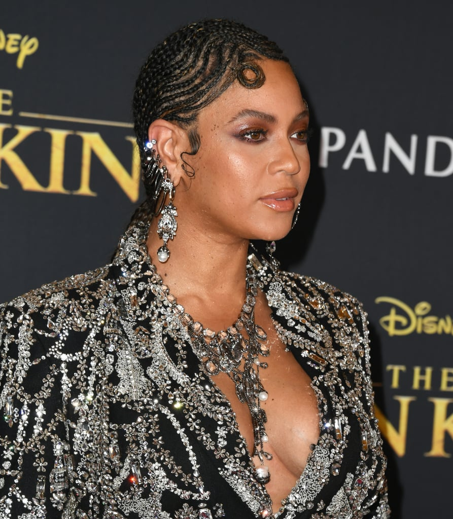 Beyoncé's Braided Fingers Waves at The Lion King Premiere