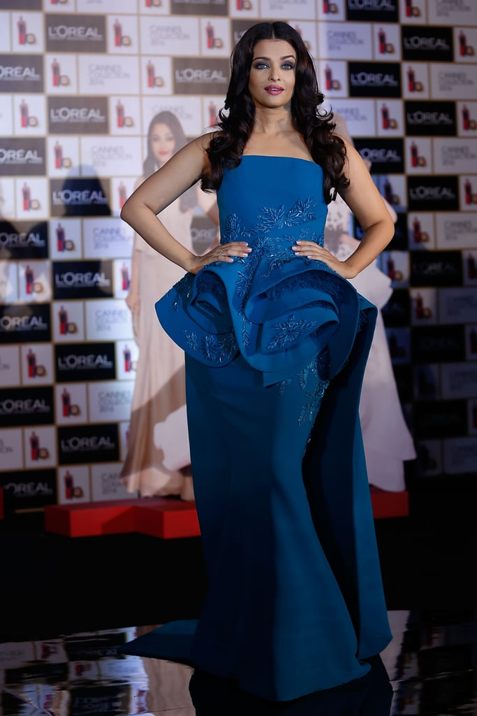 Making a statement in a blue gown that had a sculptural waistline.