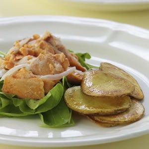 Fast & Easy Dinner: Warm Salmon Salad With Crispy Potatoes