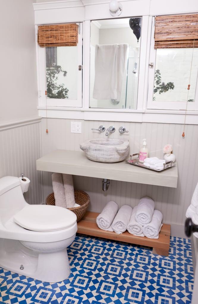 Bathroom: 10 minutes