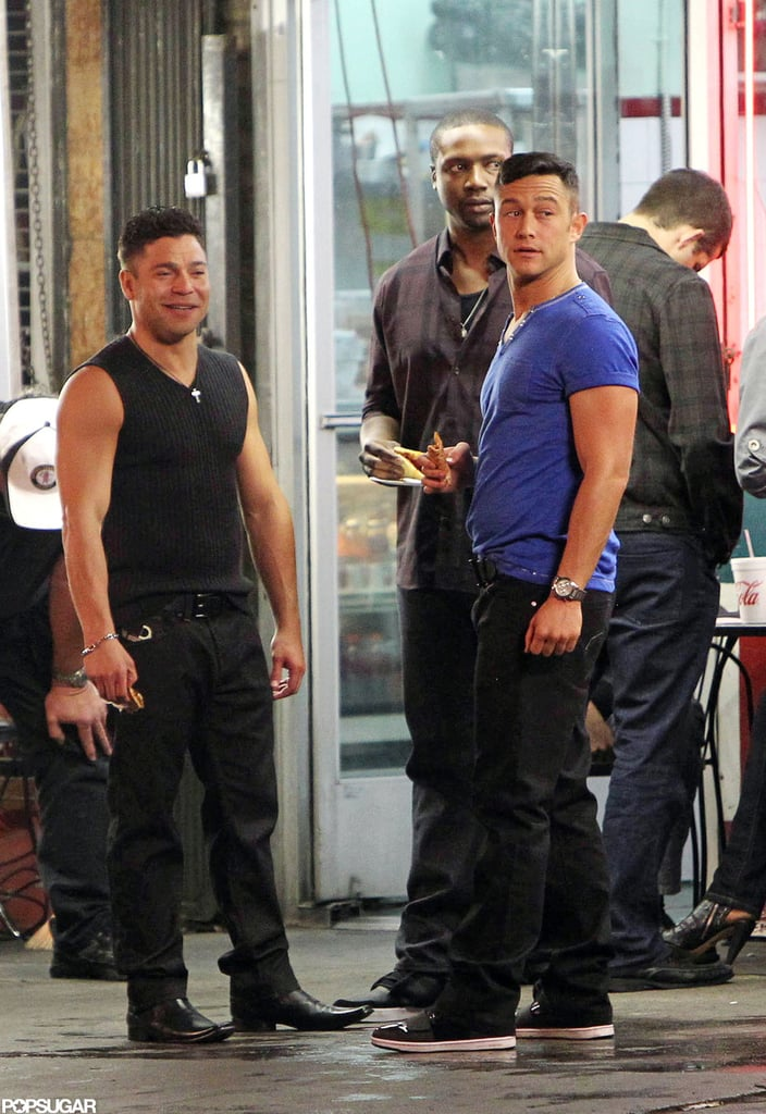 Joseph Gordon-Levitt chatted while shooting a scene in Hollywood.