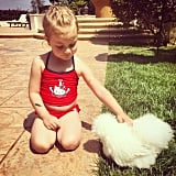 Tori Spelling shared this hilariously adorable snap of Hattie and her chicken friend, Coco.