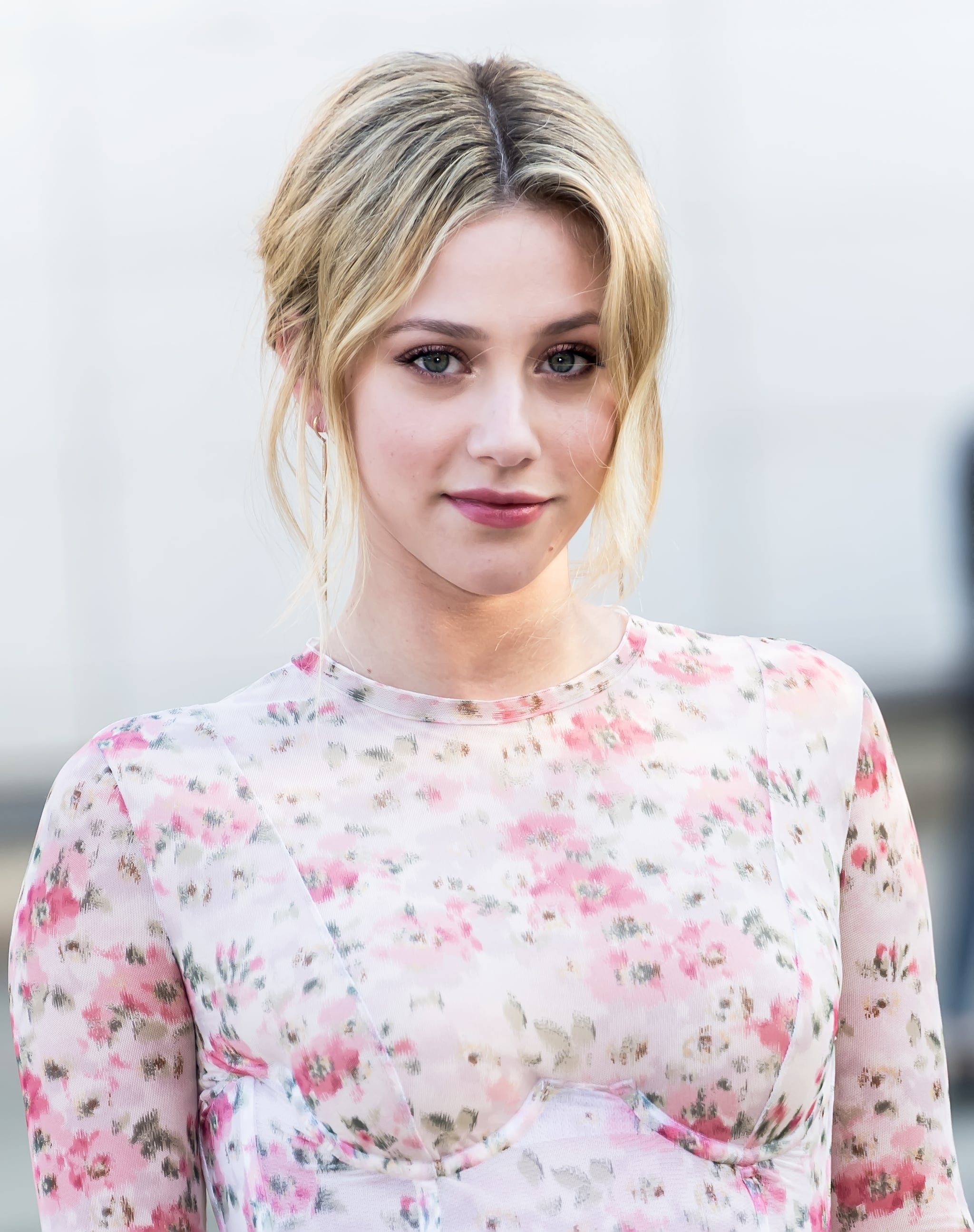 NEW YORK, NY - JUNE 04:  Actress Lili Reinhart is seen arriving to the 2018 CFDA Fashion Awards at Brooklyn Museum on June 4, 2018 in New York City.  (Photo by Gilbert Carrasquillo/GC Images)