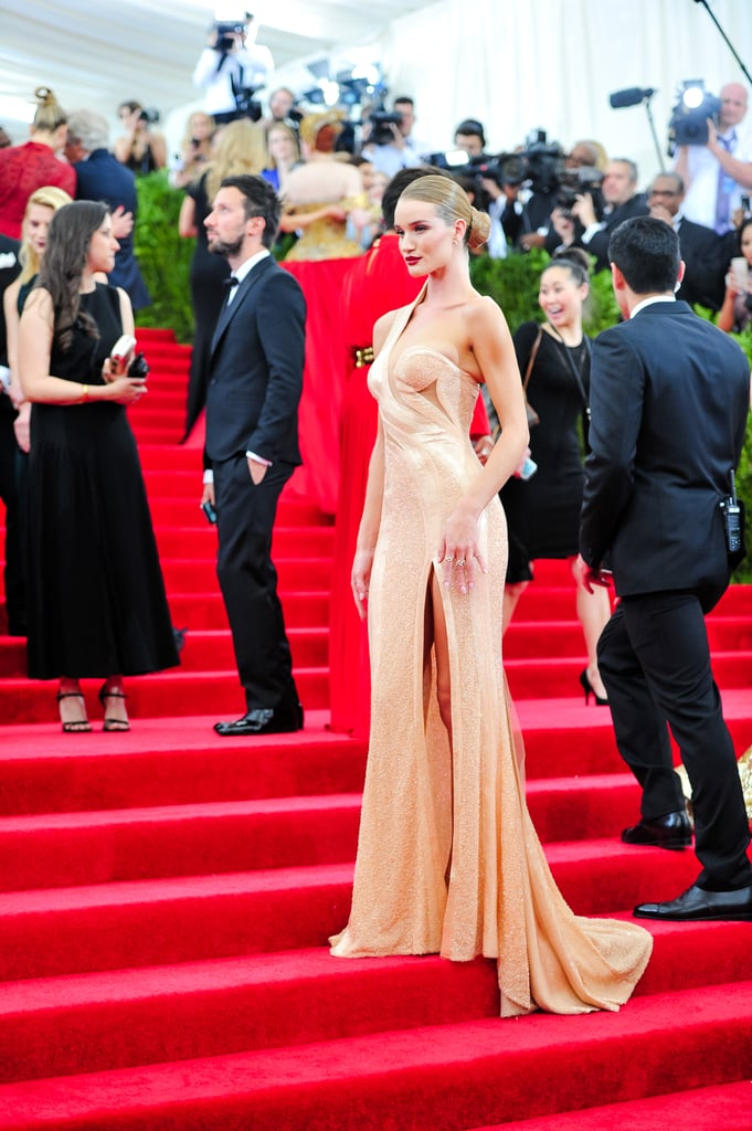 Every Girl Needs to Be Following Rosie Huntington-Whiteley on the Red Carpet