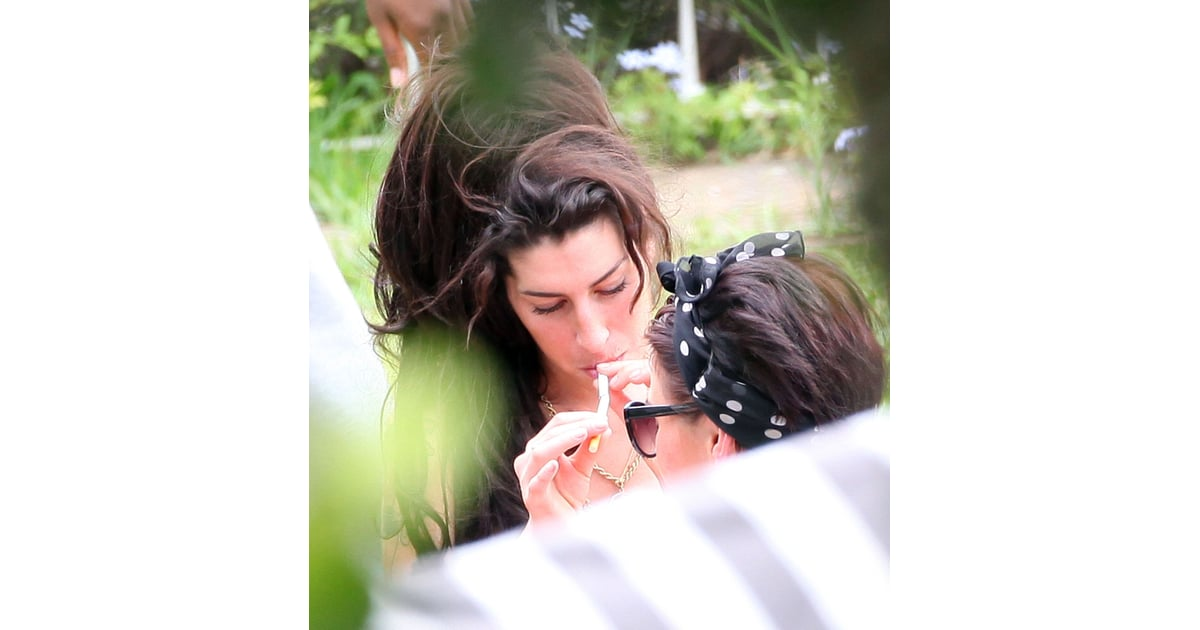 Amy Winehouse Bikini Pictures in Brazil Amid Tony Bennett Duet