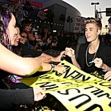 Justin Bieber hung out with fans at the American Music Awards.