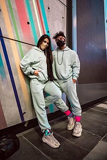 مؤثرة الموضة الشهيرة لينا الغوطي تطلق علامتها الخاصة لأزياء